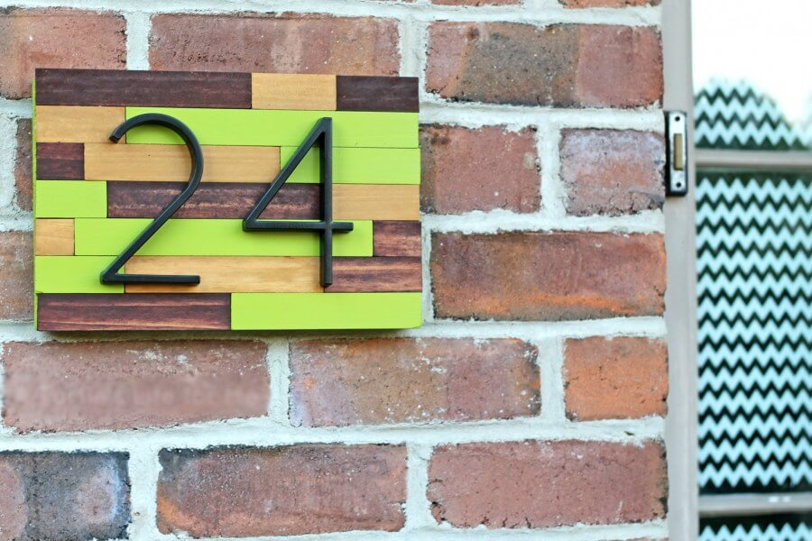 Табличка с номером дома 3