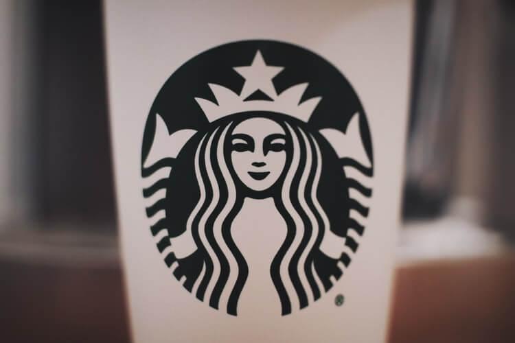 Нанесение логотипа