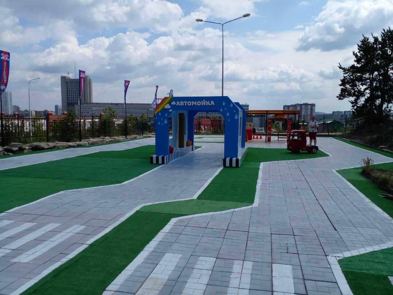 Детский городок (автодром) 44